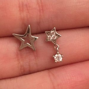 Mis-matched 100% Sterling Silver Star earrings!